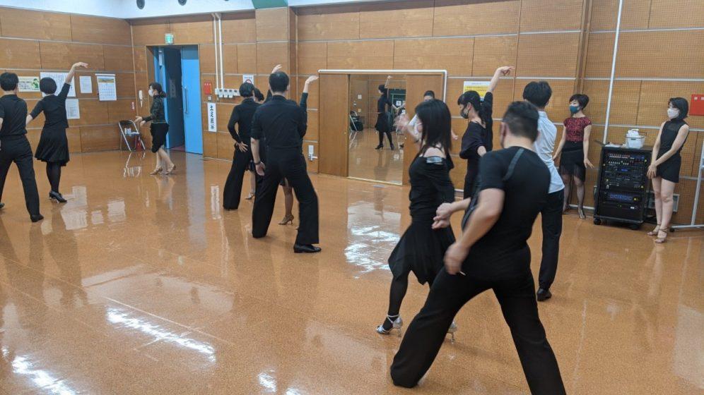 2020年11月18日 ギャラクシーダンスクラブ 例会のご案内@上馬高齢者集会所
